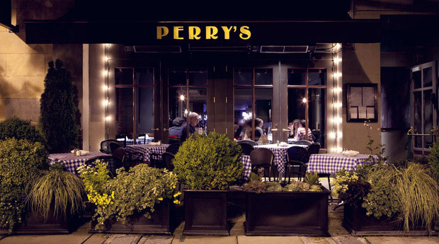 Perry's Restauraunt front facade at night